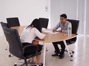 วันอาทิตย์ ที่ 22 เมษายน 2561 วิทยาลัยโลจิสติกส์และซัพพลายเชน มหาวิทยาลัยราชภัฏสวนสุนันทา ศูนย์การศึกษาจังหวัดชลบุรี ได้จัดให้มีการสอบสัมภาษณ์นักศึกษา ประจำปีการศึกษา 2561