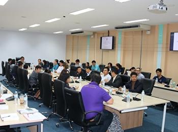 วิทยาลัยโลจิสติกส์และซัพพลายเชน มหาวิทยาลัยราชภัฏสวนสุนันทา นำโดย ผศ.ดร.คมสัน โสมณวัตร คณบดี จัดประชุมคณะผู้บริหาร คณาจารย์ของวิทยาลัยฯ ศูนย์การศึกษาจังหวัดนครปฐม ศูนย์การศึกษาจังหวัดระนอง ศูนย์การศึกษาจังหวัดอุดร และศูนย์การศึกษาจังหวัดชลบุรี
