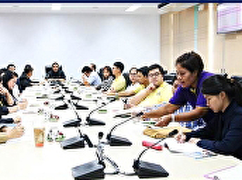 On 20 Dec 2018, Asst. Prof. Dr. Komson Sommanawat, Dean of College of Logistics and Supply Chain,  presided the 4th meeting of management committee, College of Logistics and Supply Chain, Suan Sunandha Rajabhat University, at the main meeting room, Buildi