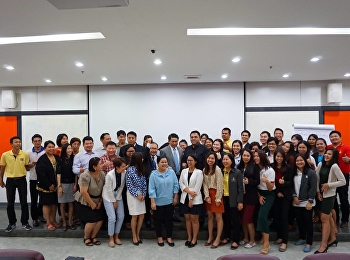 On 11 January 2019, Asst, Prof. Dr. Komson Sommanawat, Dean of College of Logistics and Supply Chain, Suan Sunandha Rajabhat University, presided at the seminar for the management team, lecturers and staff members on Smart Attitude and Smart Service.