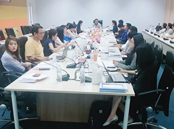 """College of Logistics & Supply Chain held workshop """"Knowledge and Understanding of Internal Quality Assurance System"""" which was presided over by Asst. Prof. Dr. Komson Sommanawat, Dean of College of Logistics & Supply Chain at the main meeting room"""