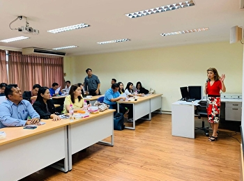 Dr. Chattrarat Hotrawaisaya, President of DBA Program in Logistics and Supply Chain Management, Dr. Chitpong Ayasanond, President of MBA Program in Logistics and Supply Chain Management, and faculty deliver a welcoming speech to new students.