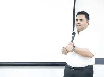 Asst.Prof.Dr.Komson Sommanawat, dean of the College of Logistics and Supply Chain, hosted the meeting to explain about how to organize the project in 2019 academic year and Mrs.Sudarat Pimonratanakan,