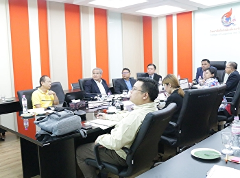 Asst. Prof. Dr. Komson Sommanawat, Dean of College of Logistics and Supply Chain, Suan Sunandha Rajabhat University, presided over the discussion and drafting of the Bachelor of Business Administration Program,