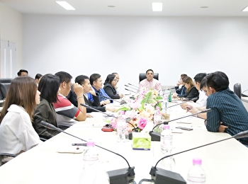 Asst. Prof. Dr. Komson Sommanawat, Dean of College of Logistics and Supply Chain, presided over the meeting of student research development plan for the fiscal year 2020 at the main meeting room, 4th floor, Building 82