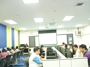 Asst.Prof.Dr.Komson Sommanawat, Dean of College of Logistics and Supply Chain, assigned Dr.Wiriya Boonmalert, Vice Dean of Academic Affairs to host the 2nd/2020 Academic Committee Meeting at the computer lab on 2nd floor, building 81st,