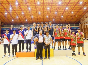 Assoc.Prof.Dr.Chananart Minanandana, Vice President for Student Affairs, presented medals for basketball competition of 31st Sunandha Sport Competition.