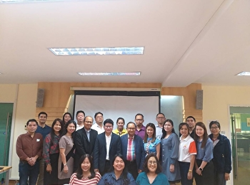 """Dr.Chattrarat Hotrawaisaya, Vice Dean of Research and Academic Service of College of Logistics and Supply Chain, organized the """"Train Post-Graduate Student to Publish the Research in the Journal"""""""