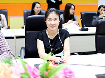 Dr. Chattrarat Hotrawaisaya; Dean of College of Logistics and Supply Chain together with a board of committee conducted the meeting: Clarification of Management Guidelines for Nakhon Pathom Education Center.